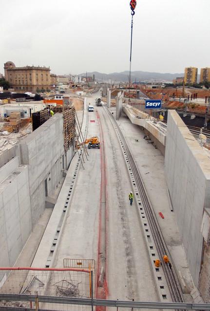 Salida del tunel Sants - La Sagrera - 01-09-12