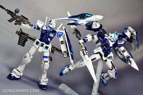 ANA 00 Raiser Gundam HG 1-144 G30th Limited Kit OOTB Unboxing Review (93)