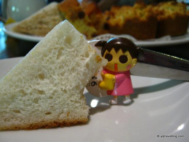 Yoko-chi is hungry!