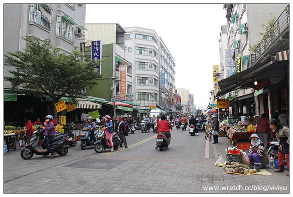 [台南.旅遊]安平市場覓美食&移民署台南服務站.夢幻景點 @VIVIYU小世界