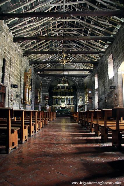 Baras church interiors