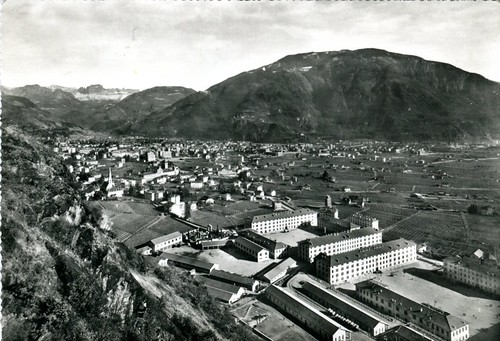 postcard - bolzano - caserme - gries - 1960