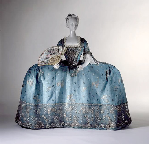 1750s court dress, metropolitan museum