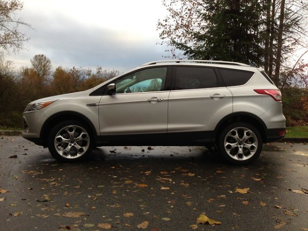 2013 ford escape titanium first impressions. Black Bedroom Furniture Sets. Home Design Ideas