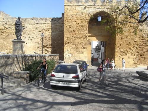 Puerta Almodovar en Córdoba.