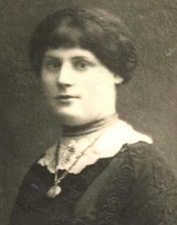 Esther Singer