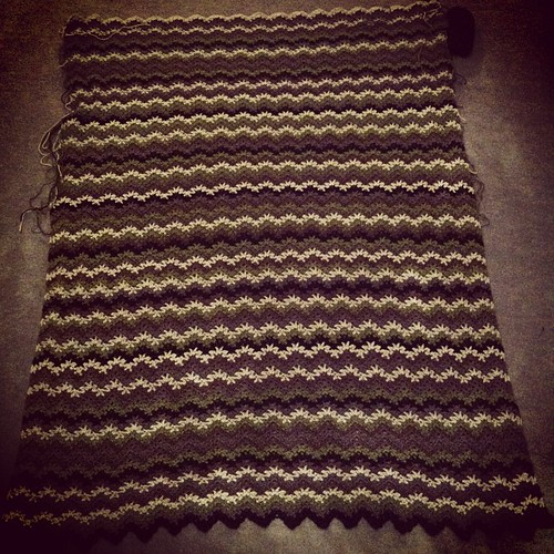 4 sequences, 35 rows completed on saturday and sunday. #crochet #blanket