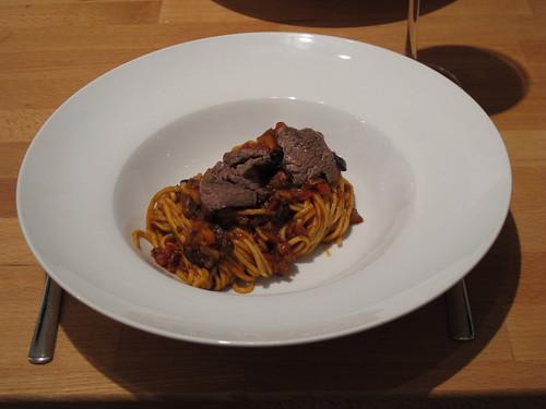 Spaghetti al Filetto di Manzo e Pomodori
