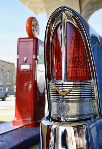 Vintage Packard taillight. Afton Station, Oklahoma, Route 66. Photo copyright Jen Baker/Liberty Images; all rights reserved.