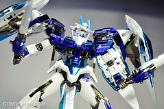 ANA 00 Raiser Gundam HG 1-144 G30th Limited Kit OOTB Unboxing Review (63)