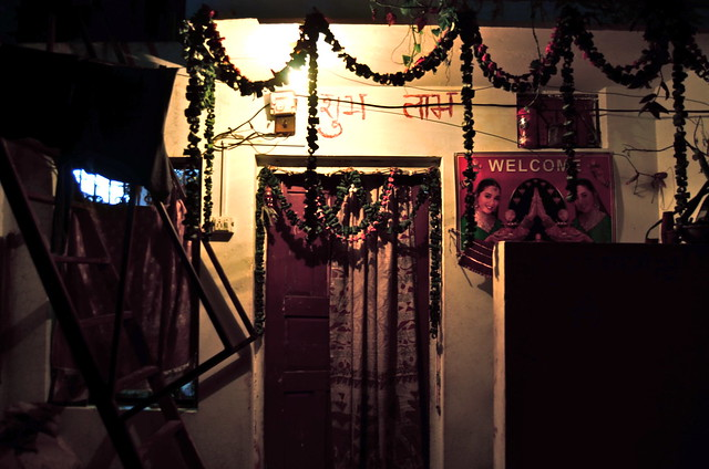 rishikesh night india uttarakhand yoga ganges ganga welcome garland door curtain