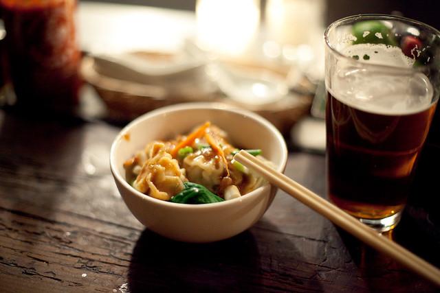 No Name Bar, Thai food