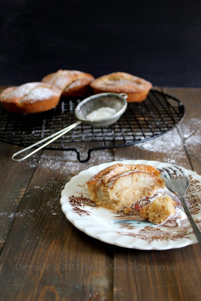 Brandy cake whit pear