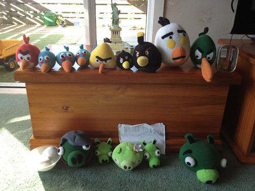 All the Angry Birds and Pigs by rocalisa