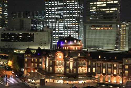 New Old Tokyo Station Night View (test ISO25600)