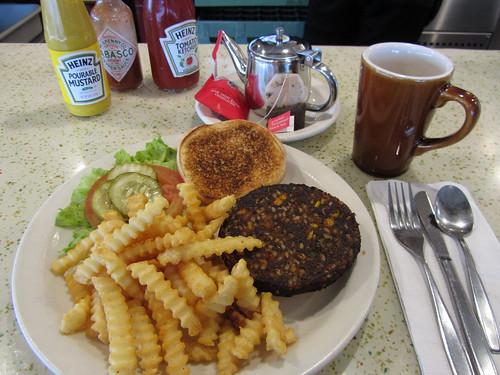 surprisngly vegan diner burger, san francisco