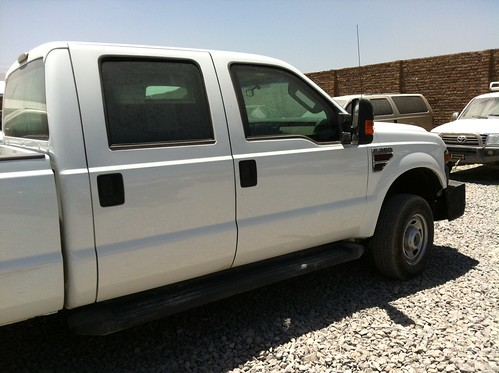 B6 Armored Ford F350 by diplomatarmored