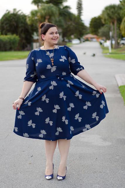 Vintage dress, cap toe pumps
