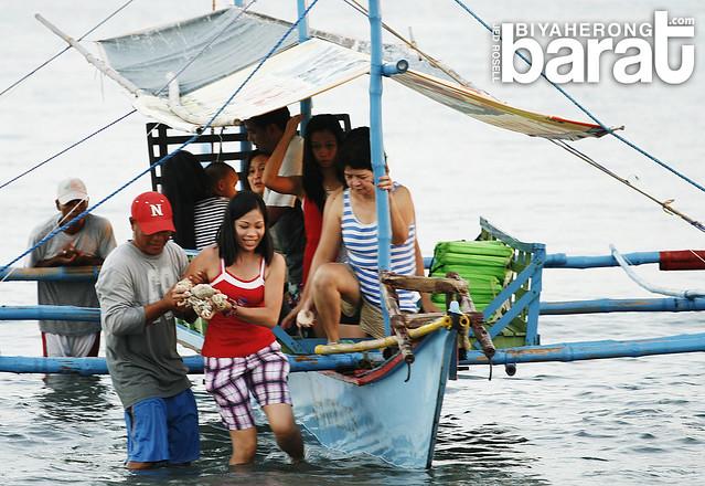 Island hopping in Nagbalayong Morong Bataan