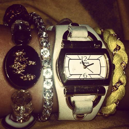 #armcandy of the day #fashion #fossils #watch # swarovski #luckycharms #bracelet #friendshipbracelet #igers  #iger #igersmanila