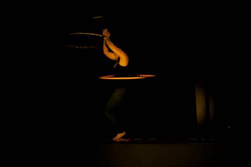 Cabaret hula hooping