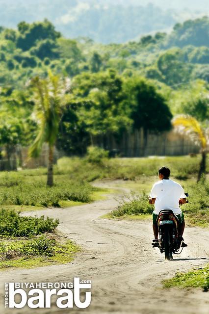 rough road in Nagbalayong Beach Bataan Morong