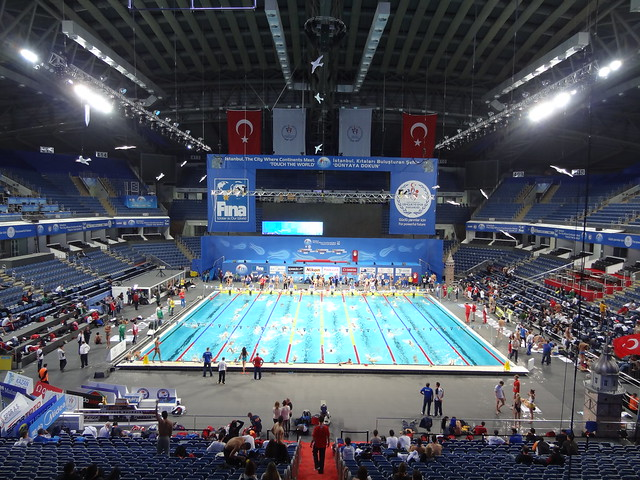 Practice at the Istanbul 2012 World Championships pool