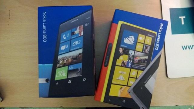 Nokia Lumia 800 / 920
