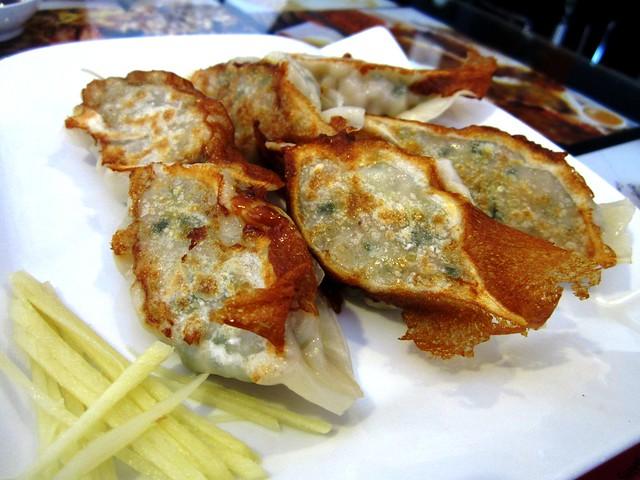 Dry-fried dumplings