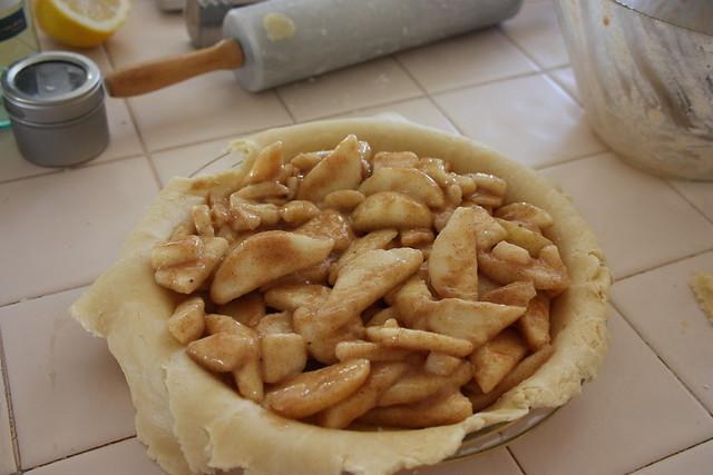 Chai-Spiced Pear Pie