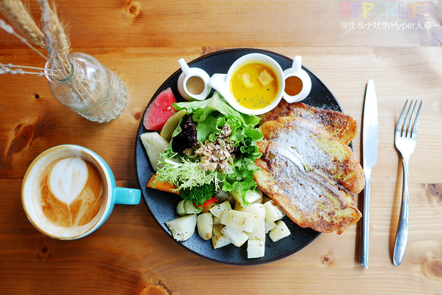 29021954933 003e259459 z - 工業風裝潢x豐盛早午餐讓心和胃都好飽足,來好拍又好吃又健康的《Heynuts Café 好堅果咖啡》根本一舉二得!!