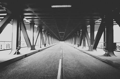 oberhafen bridge 2