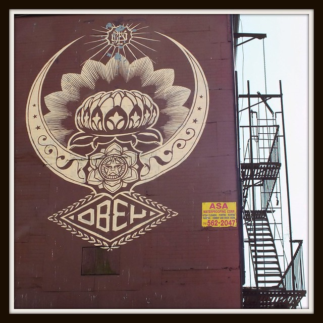 OBEY GRAFITTI-Manhattan, New York