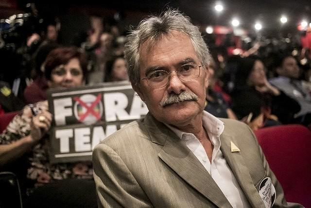 """""""A resistência será longa e não é uma resistência simples"""", aponta Hamilton Pereira, conhecido também como Pedro Tierra - Créditos: Foto: Mídia Ninja"""