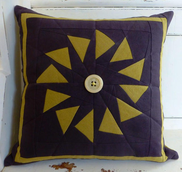 Circle of Geese Cushion in Linen Feb13