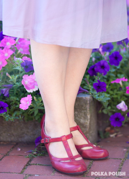Style and comfort go together with these red retro t-strap pumps from Sofft