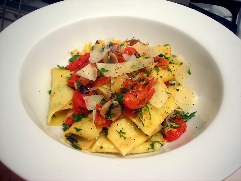 Pappardelle, with cherry tomato sauce and gremolata