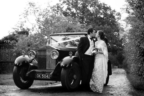Moody Marriage -  A Smooch with The Rolls
