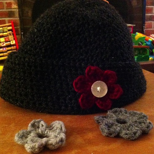 #crochet #hat with changeable #flower #accent.