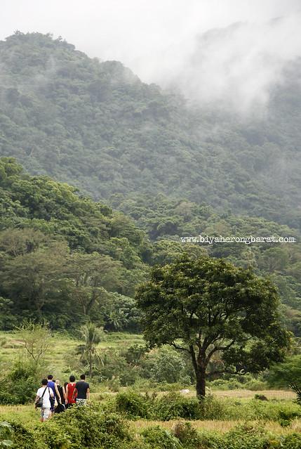 Hiking to Kabigan Falls Pagupud Ilocos Norte