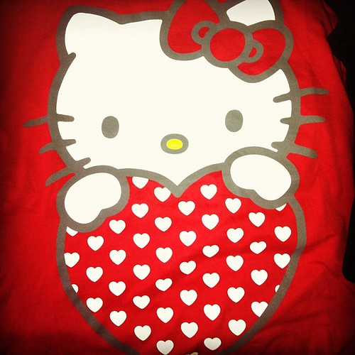 Received my #oldnavy #boxingday order today. Which means I officially have a #hellokitty tshirt xD I don't think I had one even as a kid...must confirm w mom later~