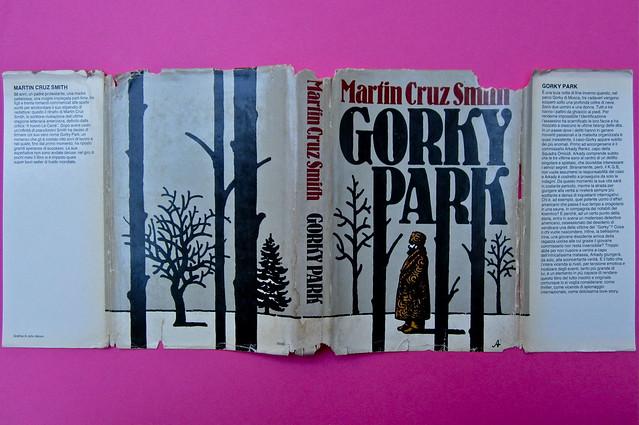 John Alcorn / Martin Cruz Smith, Gorky Park. Mondadori / Club del Libro 1982. Grafica della sovracoperta: John Alcorn. Totale di sovracoperta (part.), 1