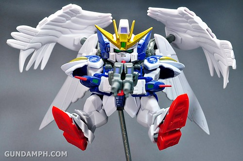 SDGO Wing Gundam Zero Endless Waltz Toy Figure Unboxing Review (34)
