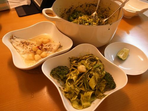 奧利佛15分鐘上菜食譜試做 - 青醬細麵+檸檬蒸魚 @ 被貓撿到的幸福 :: 痞客邦