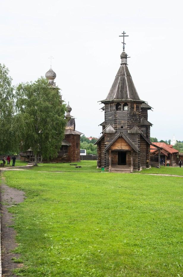 Воскресенская церковь из села Патакино