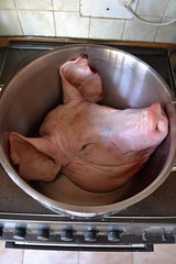 Cooking a Pig's Head