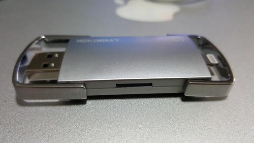 ใส่ MicroSD card แล้ว มันเข้าไปมิดแบบนี้เลย