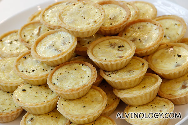 Corn tarts prepared with Del Monte corns