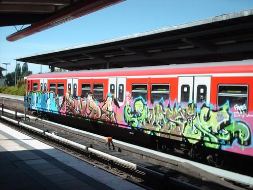 Pornik.Rude.Jurie by graffiticollector