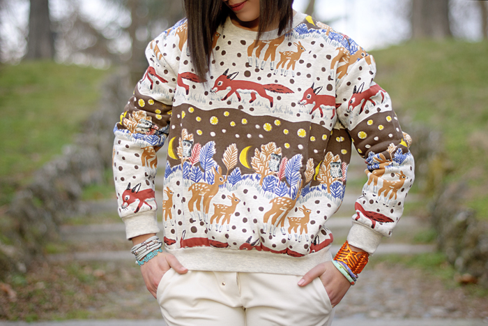 Foxes and fawns on my sweater